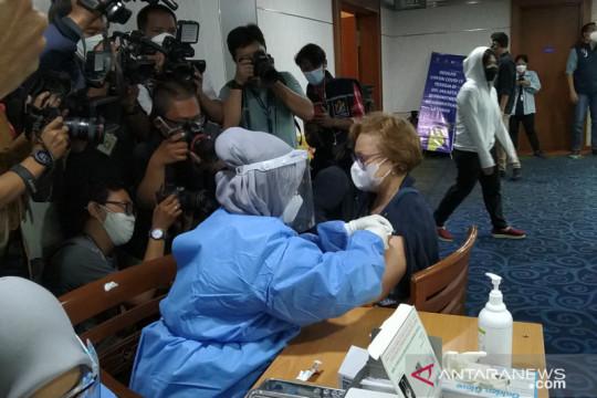 Anies: Banyak warganya belum vaksin karena tak berdomisili di Jakarta