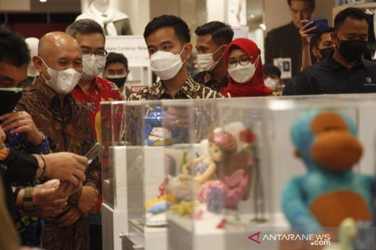 Perluasan produk pasar UKM bersama Uniqlo Indonesia