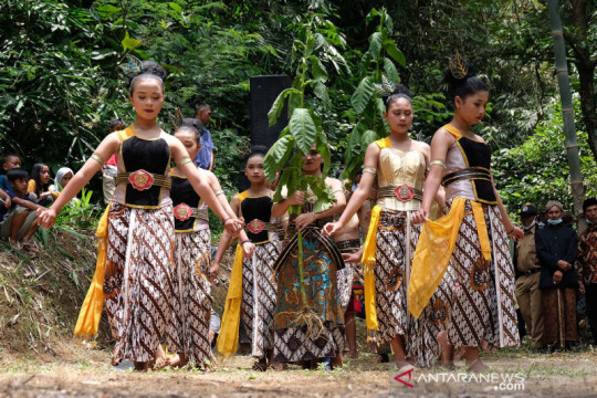 Tradisi Manten Tembakau