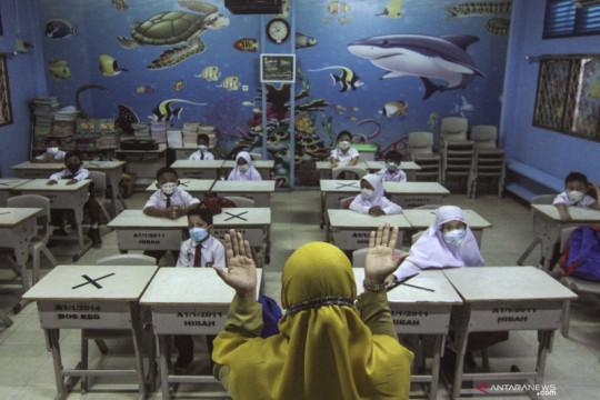 Cegah klaster sekolah dengan protokol kesehatan yang ketat