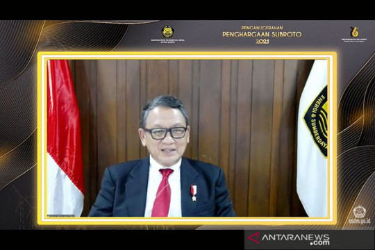 Menteri ESDM: Rasio elektrifikasi Indonesia naik, capai 99,4 persen