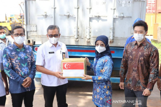 Batam terima bantuan 60.000 vaksin dari Singapura