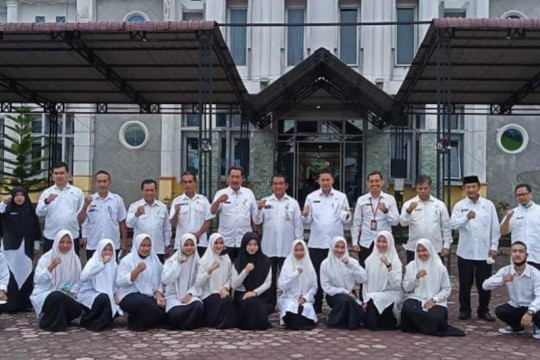 Pelajar Bener Meriah terima beasiswa Aceh Carong 2021