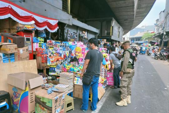 19 PKL di Pasar Pagi disanksi karena tak pakai masker