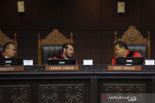 Kemarin, UU Pengadilan HAM sampai pegawai KPK kembali dipecat