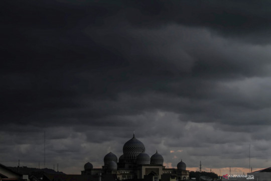 Sejumlah provinsi berpeluang diguyuri hujan sedang hingga lebat