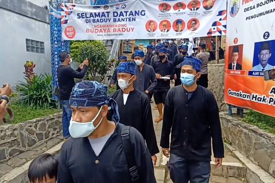 Akpol 99 gelar vaksinasi untuk warga Baduy