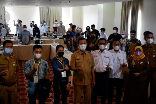 Dispar Padang beri pelatihan pemandu untuk pengembangan wisata