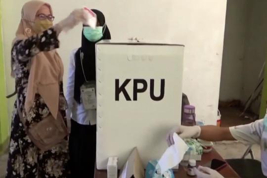 KPU jelaskan tambahan 5 bulan tahapan pemilu, akademisi usul ganti sistem