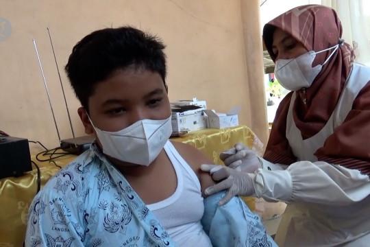 Persiapan PTM, ratusan siswa Kota Langsa ikuti vaksinasi