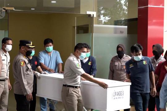 Ditjenpas serahkan 6 jenazah korban kebakaran lapas ke pihak keluarga