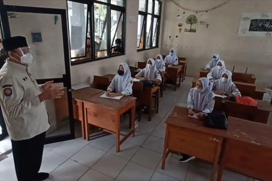 Gubernur Banten tinjau PTM sejumlah sekolah di Kota Serang