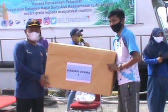 Kesyahbandaran Makassar bagikan dokumen kapal