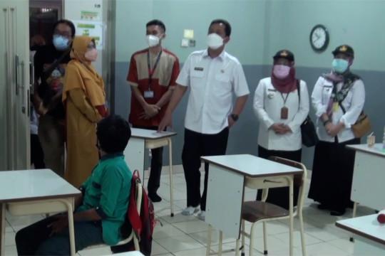 Pemkot Bandung kerahkan SKPD awasi PTM terbatas di sekolah