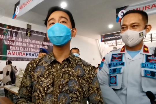 Gibran apresiasi produksi garmen warga binaan di RutanSurakarta