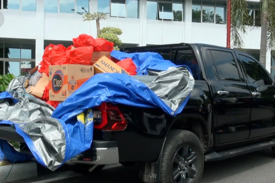 Gubernur Kalteng lepas bantuan tahap dua banjir Katingan