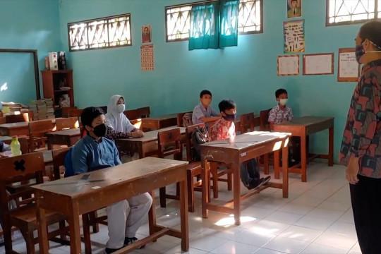 Sekolah di Pekalongan mulai terapkan PTMterbatas