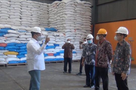 Dirut bulog pastikan ketersediaan beras aman untuk Maluku