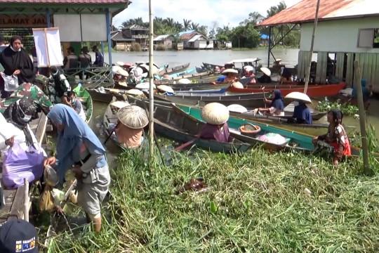 Kalsel kembalikan fungsi sungai lewat Martapura Bungas