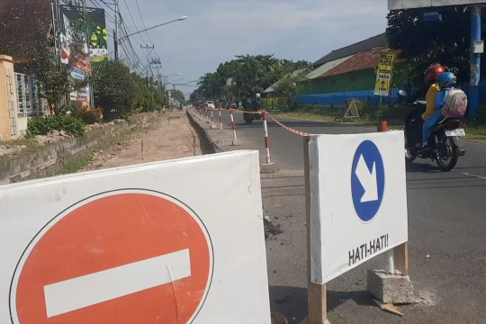 NTB targetkan proyek jalan 1.400 km tuntas di Mei 2022