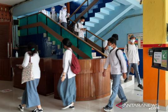 SMA 6 Jakarta wajibkan siswa bawa surat izin orang tua saat PTM