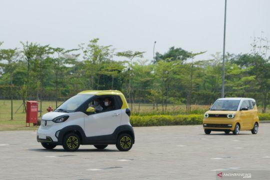 Kemarin, wisman boleh masuk Bali hingga rencana mobil listrik lokal
