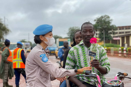 Sebuah cerita dari 'peacekeepers' di negeri berkonflik