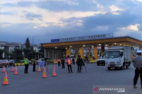 Pemkot nyatakan ganjil-genap tetap berlaku di Bandung