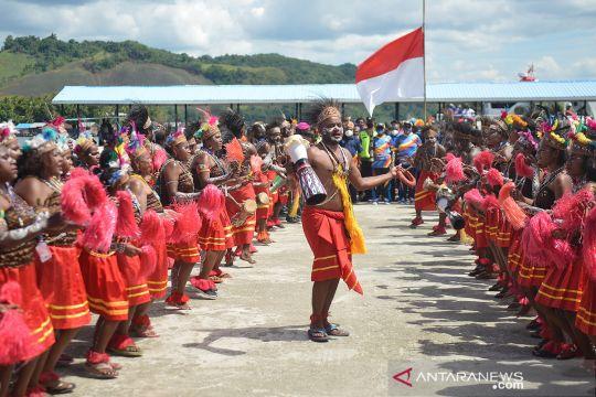 Kirab api PON siap dibawa menuju pembukaan PON Papua