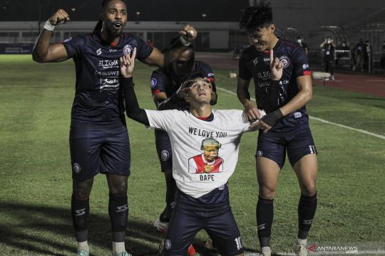 Arema FC kalahkan Persela Lamongan