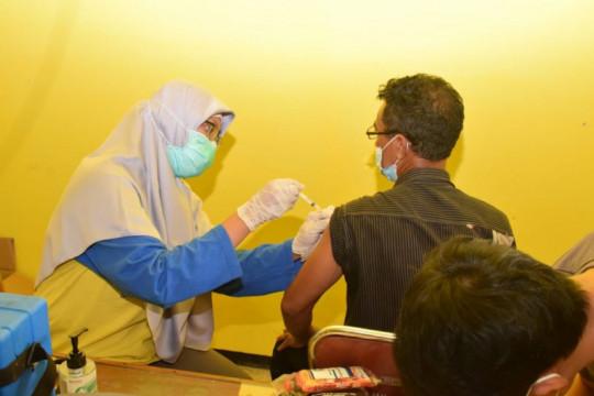 Lamongan capai target vaksinasi 70 persen dosis pertama
