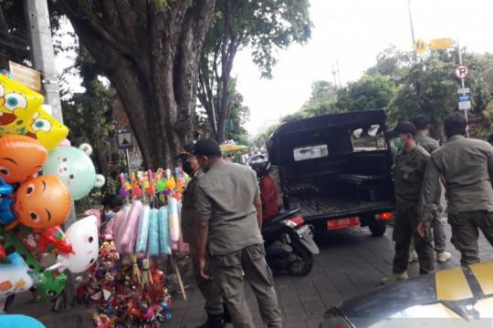 PPKM level 3, Tim Yustisi Denpasar rutin pendisiplinan prokes warga