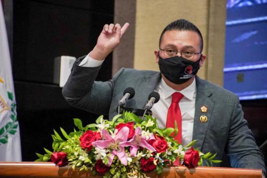 Anggota DPRD DKI: Tak cukup hanya keruk sungai untuk tangani banjir