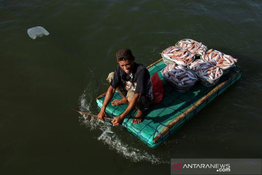 Penerapan kebijakan penangkapan ikan terukur