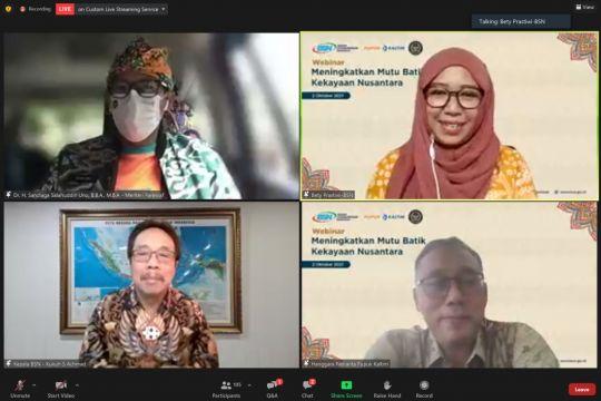 Pupuk Kaltim ajak masyarakat cintai batik sebagai identitas nasional