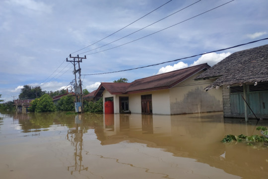 Banjir di Kapuas Hulu rendam daerah pesisir Sungai Kapuas