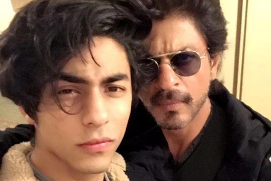 Putra aktor Shah Rukh Khan ditahan karena kasus narkoba