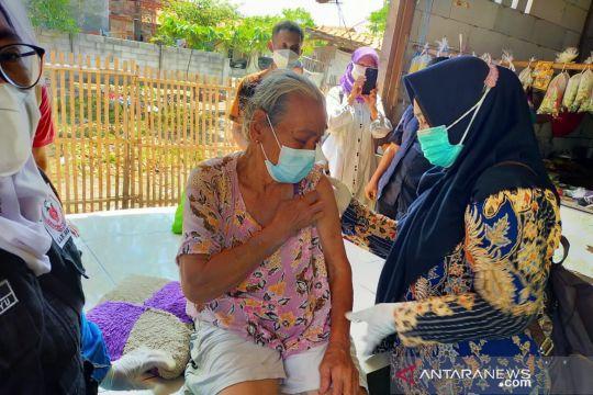 Cakupan vaksinasi COVID-19 di Kabupaten Bekasi sudah 63 persen lebih