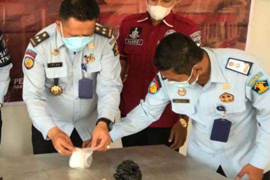 Sabu-sabu 100 gram gagal diselundupkan lewat tembok Lapas Semarang