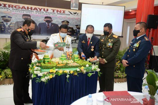 Gubernur Kalimantan Selatan: Semua orang di negeri ini mencintai TNI