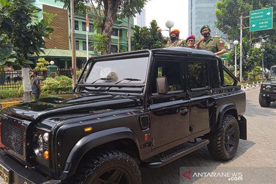 Pelawak Tessi dan Tarzan ramaikan peringatan HUT TNI di Kodim Jakpus