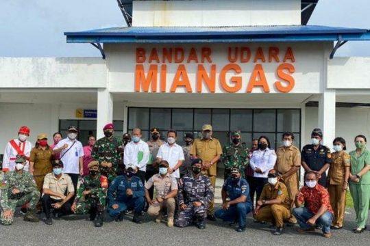 Menteri Trenggono kunjungi pulau terluar Miangas