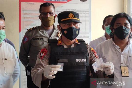 Polisi menangkap enam orang saat gerebek kampung narkoba di Sumut