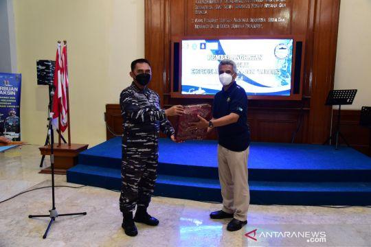 Komandan Pushidrosal lepas keberangkatan tim peneliti Selat Manipa