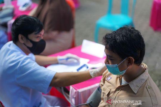 Penerima vaksin COVID-19 dosis lengkap mencapai 64.622.692 orang