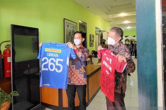 Gibran bertemu Wali Kota Yogyakarta bahas kerja sama dan Liga 2