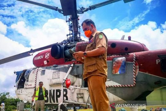 """Gunakan """"water bombing"""", karhutla di Teratak Buluh-Riau dipadamkan"""