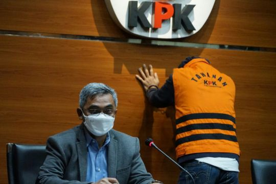 Tersangka kasus suap pengesahan RAPBD Jambi segera disidang