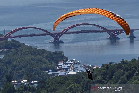 Paralayang PON XX selesaikan babak ketiga lintas alam