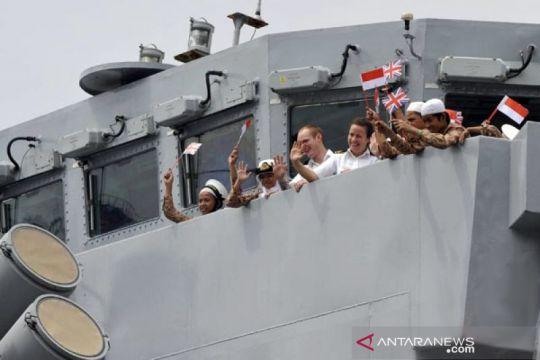 Kapal perang AL Inggris HMS Richmond kunjungi Indonesia